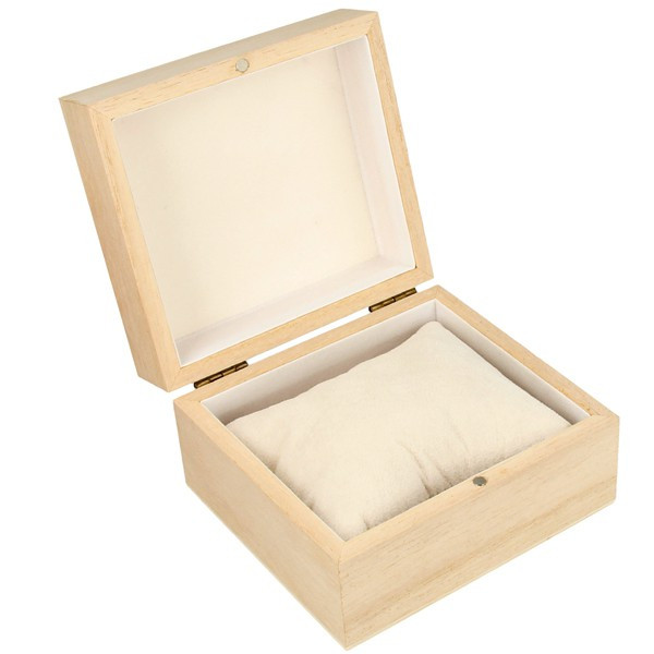 boite en bois pour montre ou bracelet boite bois carr e. Black Bedroom Furniture Sets. Home Design Ideas